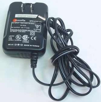 MACALLY SPR-218F-5A AC ADAPTER 5VDC 3A USED 2.2 x 5.4 x 11.7mm
