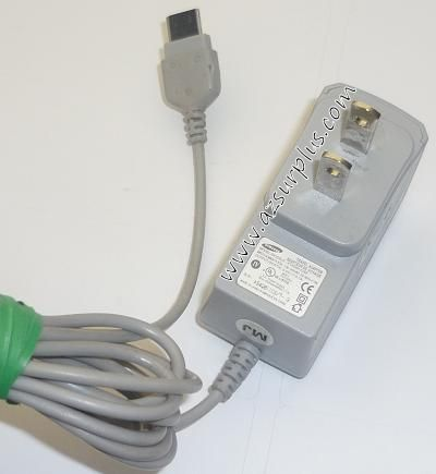 SAMSUNG ATADM10JSE AC ADAPTER 5VDC 0.7A USED -(+) TRAVEL CHARGER