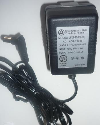 SOUTHWESTERN BELL LF09300D-08 AC ADAPTER 9VDC 300mA LIKE NEW -(+