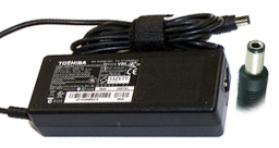 TOSHIBA PA3378E-2ACA AC ADAPTER 15VDC 5A USED -(+)- 3x6.5mm