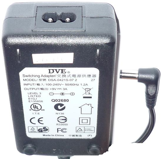 DVE DSA-0421S-07 2 AC DC SWITCHING ADAPTER 9V 3A ITE POWER SUPPL
